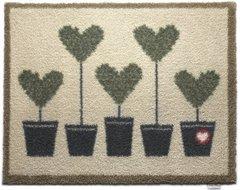 Hug Rug - Topiary Hearts - 65 x 85 cm