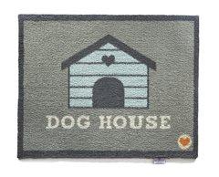 Hug Rug - Dog House