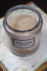 Vanilla Bean Salt - by the ounce