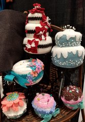 #227 Le Dolci  ( the sweet pincushions ) Series 1