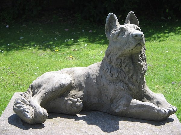 German Shepherd Dog Statue Surrey Ornamental Stoneware