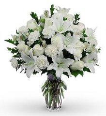 Classic All White Sympathy Bouquet - hom02