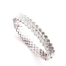 Ouxi Atmospheric Bangle Made With Crystals From Swarovski