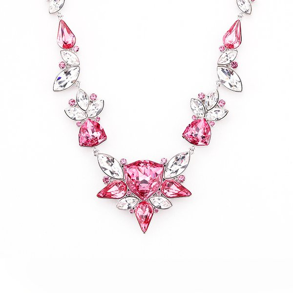 Zena Elegant Red Necklace Made With Crystals From Swarovski