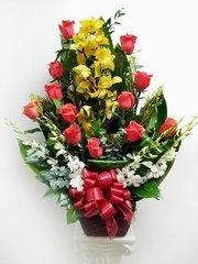 [FFAO103] Cimbidium and Roses