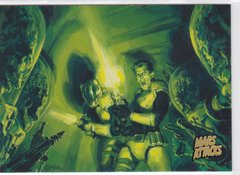 Mars Attacks Invasion card #25 Gold Parallel