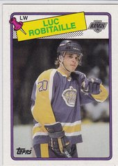 Luc Robitaille 1988-89 Topps Hockey card #124