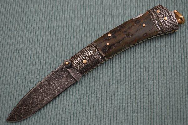Kaj Embretsén Lock-Back Folding Knife, Blue Bark Mammoth Ivory, Damascus, 14K Gold (SOLD)