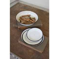 Round Enamel Ware Trays - Set/4