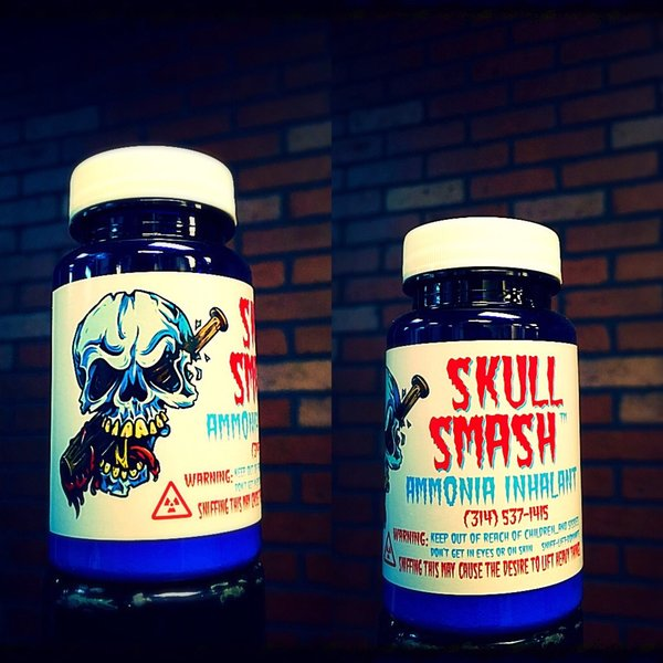 Skull Smash Ammonia Inhalant