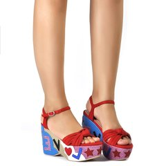 Red Love Wedge