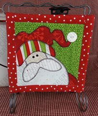 Santa Mini Quilt with Wrought Iron Stand