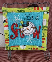 Let it Snow Mini Quilt with Wrought Iron Stand