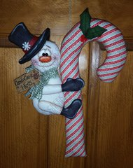 Candy Cane Hugs Snowman Pattern #239