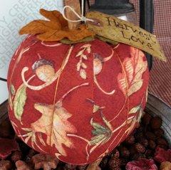 Harvest Love - Medium Leaf and Acorn Print Pumpkin