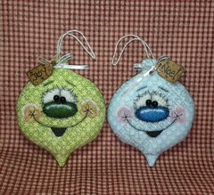 Bauble Buddies Christmas Bulb Ornaments Pattern #235