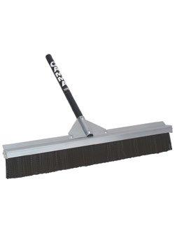 """Deluxe 2 Row 28"""" Court Broom"""