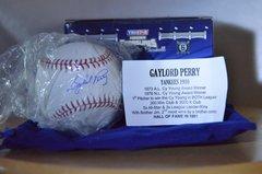 Hidden Treasures Baseball Bronx Edition Series 6 Gaylord Perry