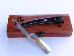 Straight Razor - Titan 5/8 hollow ground. (Shave Ready) US Seller - WM0010