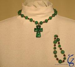 Inspiring Emerald Cross with bracelet