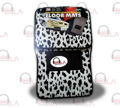 Brand New !! 4 Pcs Giraffe Car Mats Great Deal!!