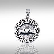 Claddagh Pendant with Knotwork - PS International