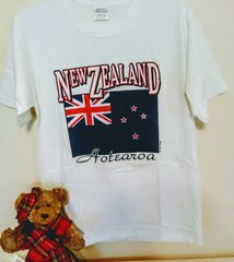 New Zealand Flag - Maori - T-shirt by LePays