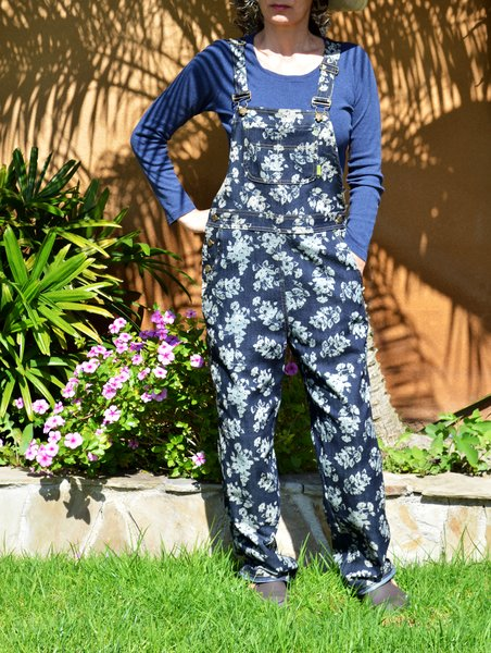 Gardening clothes for women