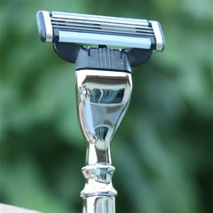 Mach3 Razor  Zinc Alloy Handle Chrome