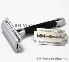 Merkur Double Edge Safety Razor 30C Short Black