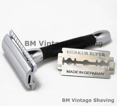 Merkur Double Edge Safety Razor 30C Short Black