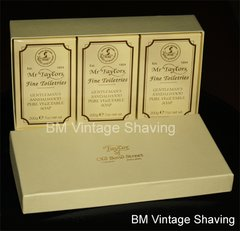 Taylor of Old Bond Street Sandalwood 3 x Bath Soap 200g in Gift Box