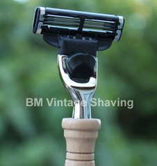 Mach3 Razor Beech Wood Handle