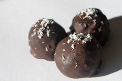 Rum Truffles - 4 pieces per box - Organic - Raw